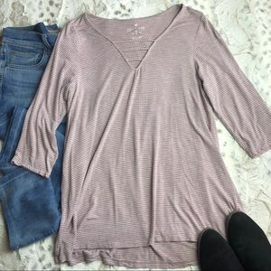 AEO Soft & Sexy Light Purple/White 3/4 Sleeve Top